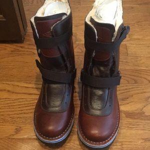 Merrell Shoes - New Merrel Women's Boot